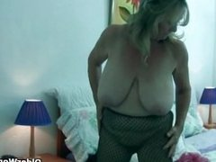 Granny with big tits wears pantyho. Karla from dates25.com