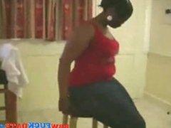 Afro American BBW exposing her huge butt