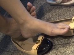 Another Candid Asian Feet Legs Shoeplay
