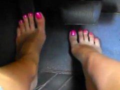 Feet pedal pumping