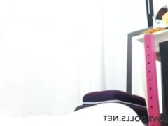 Hot girl with big bubble ass masturbates on webcam and lets you see her pussy