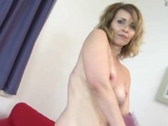 Ona from dates25.com - Damn hot milf playing with her roc