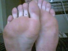 My feet fucking stink!