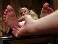Blondie gets off to tickling