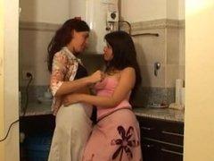 Kissing Skirt Lesbian.