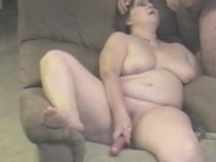 Mature bbw sucking cock. Pansy from dates25.com