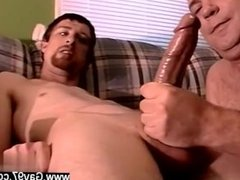 Daddy boy gay sex free movies Joe is on palm to take that squirting cream