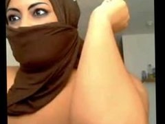 Muslim Hijabi Showing Tits and Ass