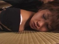 003.asia slave girl lick master's feet