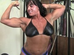Fbb Showing her muscles off