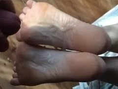 Yesenia from dates25.com - Cumshot on soles