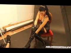 VIDEO BACKSTAGE MISTRESS ISIDE