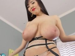 Hitomi A Diferent Angle