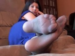Mature feet in Nylons pt 1