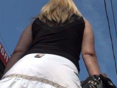 Girls under skirt - 3