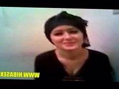 Arab hijab girl flashing-hibasex.com