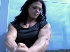 elena oana hrepca muscle