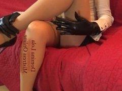 Shoes, pantyhose, gloves - mistress online - Domina Lola