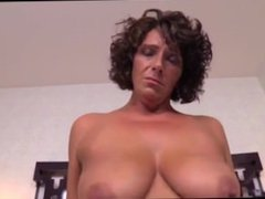 Stunning MILF found on Milfsexdating.net