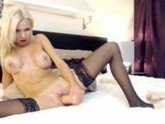 Beautiful Girl Fucks Herself