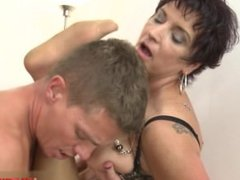 Hot wife mouth creampie