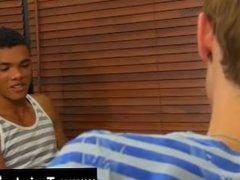 Free 3gp gay muscle tube Sexy Robbie Anthony has a thing for the blond