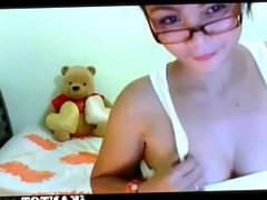 Pinay teen in tank-top shirt will make you salivate