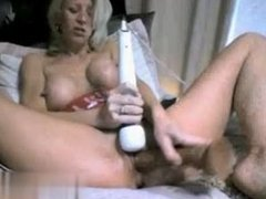 Cheated on MILF-MEET.COM - Mature Slut DRILdos the Pussy
