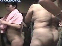 Japanese Sluts Changing Room Voyeur