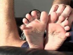 Foot fetish & feet tickle woman