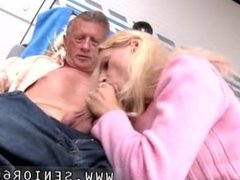 Richard suggests Helen to tidy out the camper but she has a nicer idea on