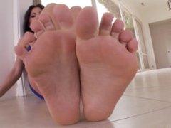 FootsieBabes Alexa Nicole feet POV