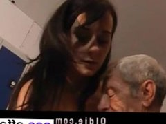 Young girl is so kinky that fucks an wiz - She is from CAS-AFFAIR.COM