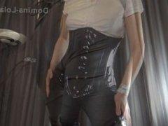 Domina Lola - Mistress Online