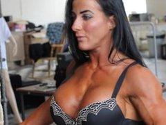 Ria Ward fbb female muscle