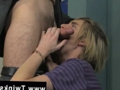Smooth emo young gay porn The uber-cute ash-blonde guy is getting a