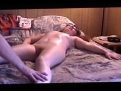 Nerdy Cam Girl Wendy Starr Getting A Frontal Massage