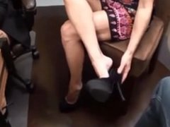 A girl from mommiesnow.com was giving a footjob