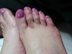 Feet and Pink Toe nails Japanese sleeping footjob HD part 2
