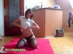 German Amateur Girl Sektspielchen