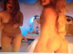 Teens Shake Ass on Webcam