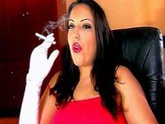 Alexxya lipstick and white gloved smoke (7 Minute Video)