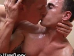Videos gay porno zone gratis Somewhat unwillingly parting from each
