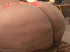 SSBBW fat ass blows good