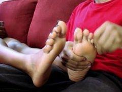 Nikki's Sexy Ebony Feet Given Massage After workout/run - SolefulNikki.com