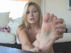 AvyScott - FTV tease-Pussy feet & ass
