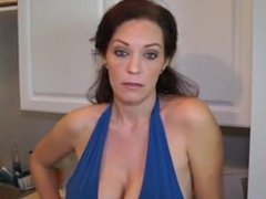 Blackmail the Enraged Busty Mommy From SEXDATEMILF.COM into giving Head