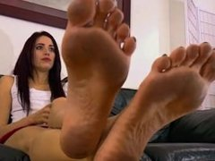 dirty feet soles toes goddess
