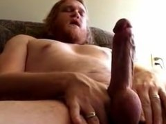 Str8 Red Bear Daddy ( Jerk off & cum )