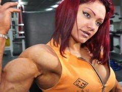 Natalia Kovaleva Fbb flexing her sexy muscle